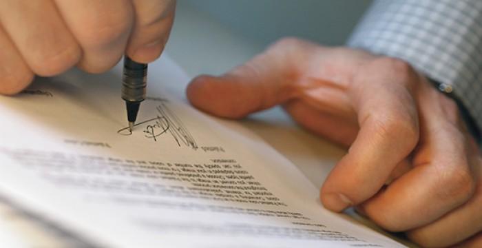 Empresas em território nacional procuram profissionais especialistas em Direito