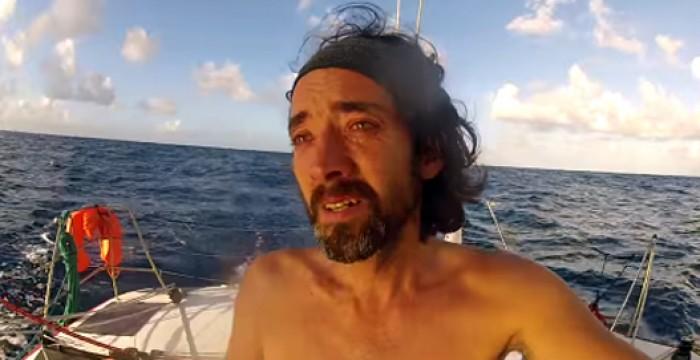 Vê a reação do velejador português Ricardo Diniz ao vislumbrar o Brasil