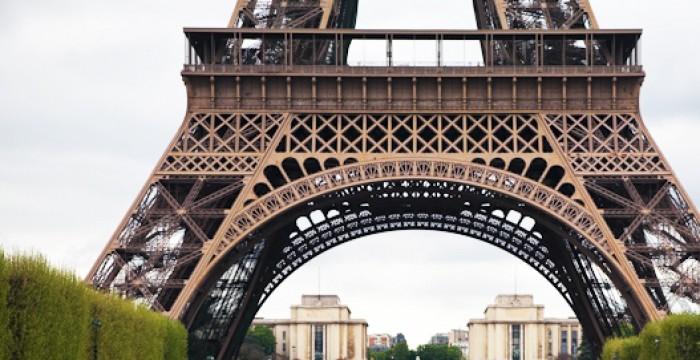 Paris: empresas querem recrutar profissionais fluentes em português
