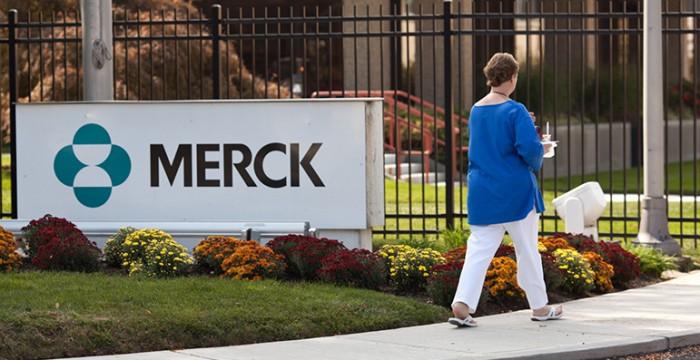 Grupo Merck procura profissionais fluentes em português em território nacional… e não só