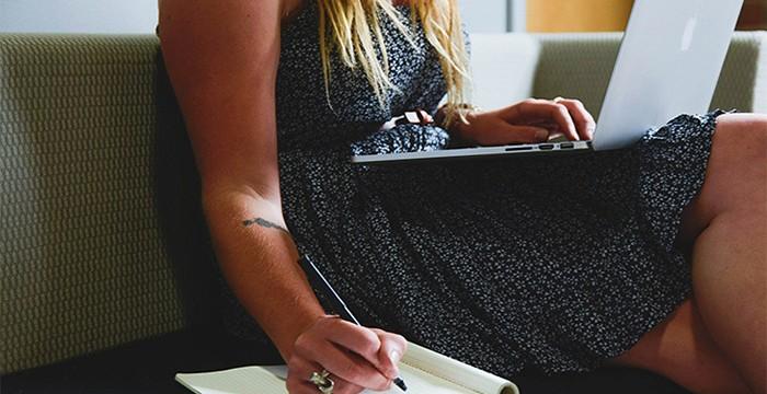 (des)Igualdade salarial: estas 8 profissões pagam mais a mulheres que a homens