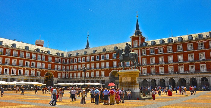 """Erasmus """"é toda a tua vida num ano"""": 5 jovens portugueses em Espanha"""