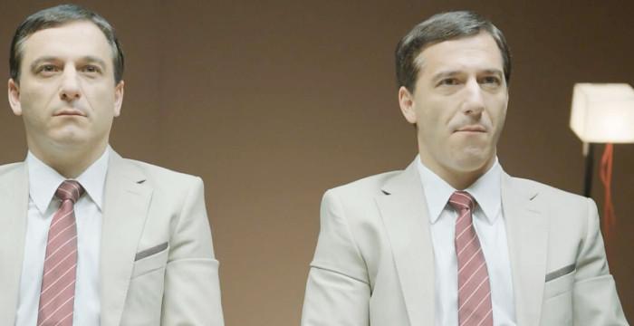 Experiência com gémeos: Qual a imagem que passa mascar pastilha elástica?