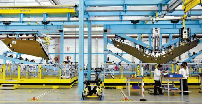 Embraer investe em Portugal criando mais 262 novos postos de trabalho