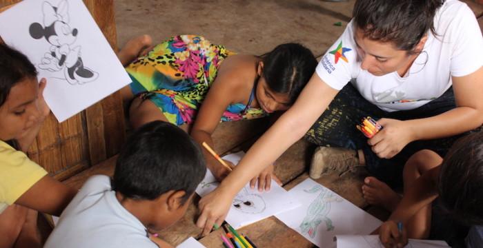 Concorre ao programa internacional de voluntariado remunerado