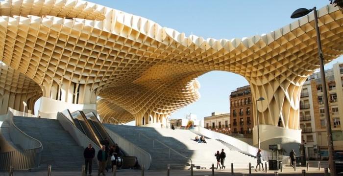 Sevilha: cidade espanhola tem vagas e estágios em diversas áreas