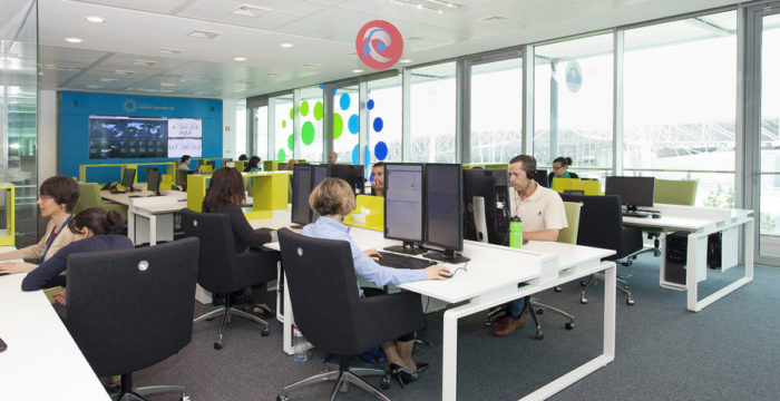 Teleperformance Portugal recruta profissionais que falem francês para Lisboa