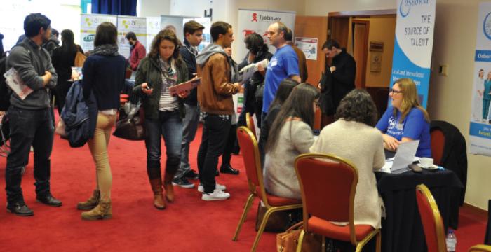 Feira Internacional de Emprego na área da Saúde vem ao Porto e Lisboa