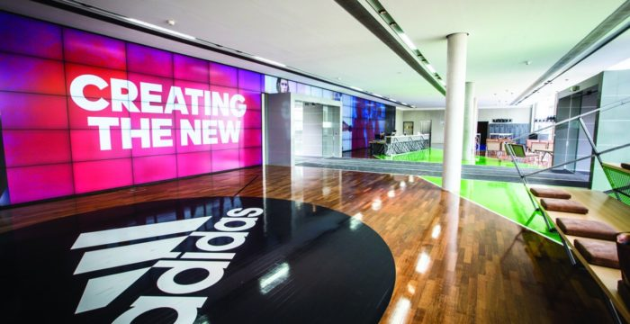 Desporto: grupo Adidas continua a recrutar em território nacional
