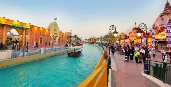 Recrutam-se Vendedoras e Gerentes de Loja para o Dubai
