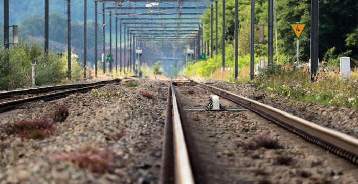 Estradas de Portugal e REFER (IP) procura Operadores de Circulação e Engenheiros