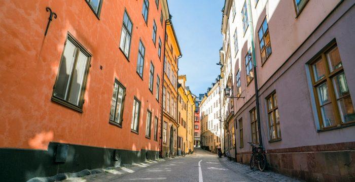 Viver e trabalhar na Suécia. Compensa emigrar para este país nórdico?
