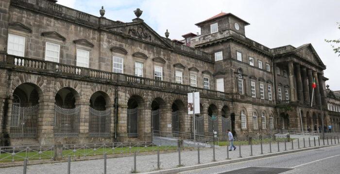 Centro Hospitalar do Porto abriu recrutamento de Técnicos Superiores